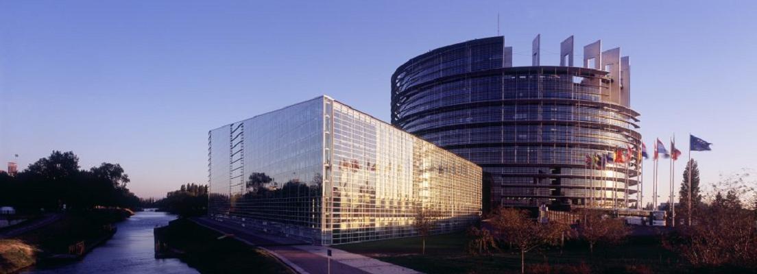 Strasbourg-Parlement-Européen©-AAA-Zvardon-1024x466 V2