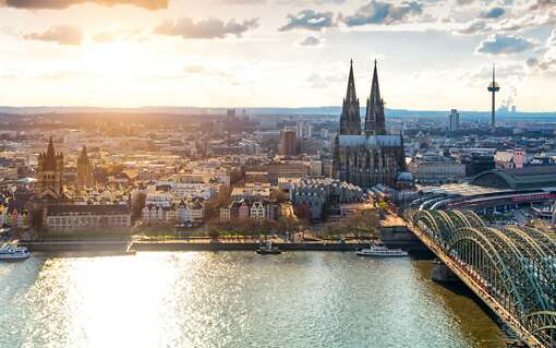 Cologne en train